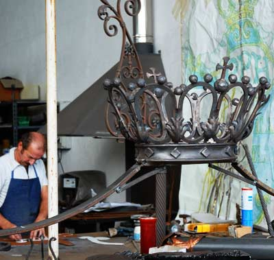 Production of the wrought iron decorations